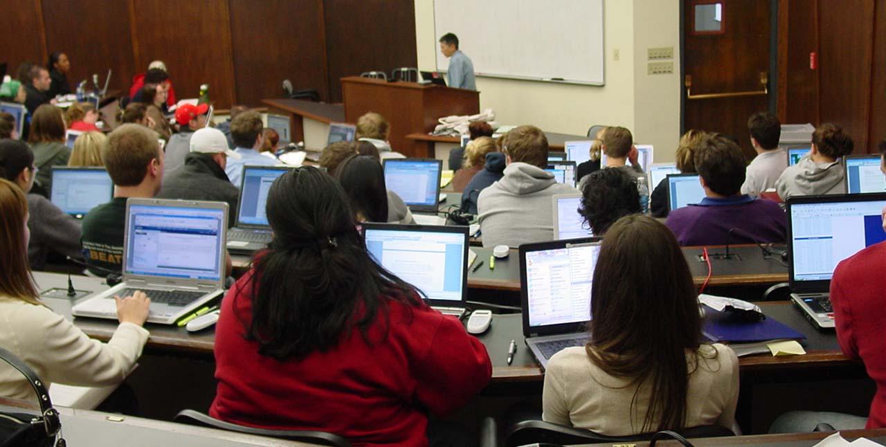 öğrenci için laptop
