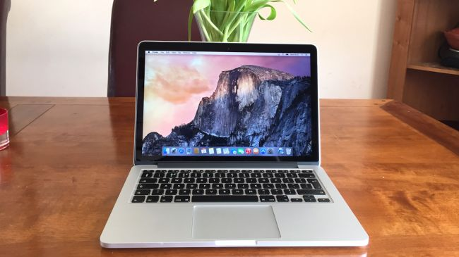 Apple MacBook Pro 13.3-inch with Retina Display