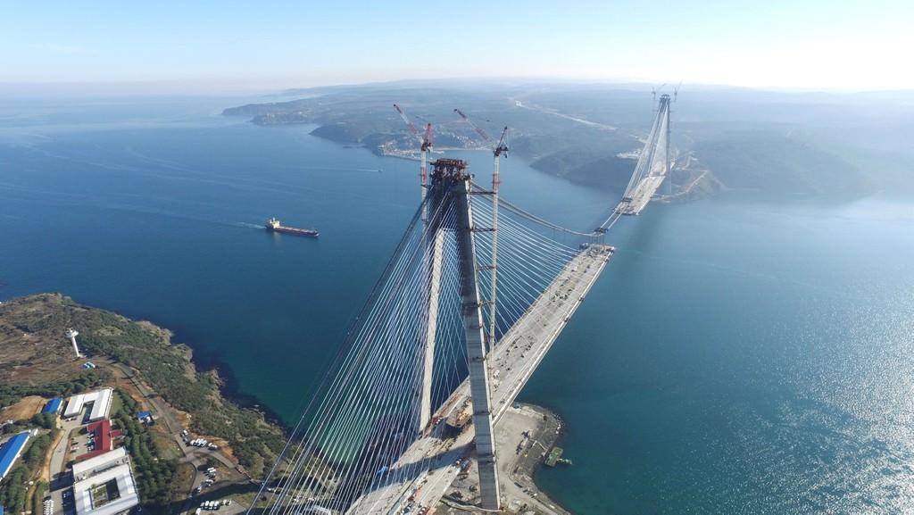ISTANBUL'UN IKI YAKASININ 3. KEZ KOPRUYLE BIRLESMESINE 247 METRE KALDI. (FOTO: ALI AKSOYER/ISTANBUL, DHA)