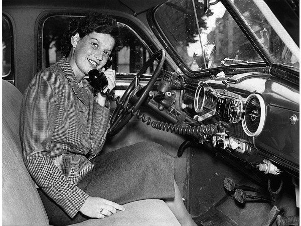 motorola-car-phone